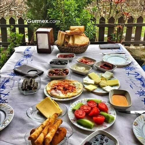 Bursa yemekleri, Bursada kahvaltı nerede yapılır, Bursa kahvaltıcıları, Cumalıkızıkta kahvaltı nerede edilir,Bursada nerede ne yemek yenir, Bursa yeme içme gurme gezi blog