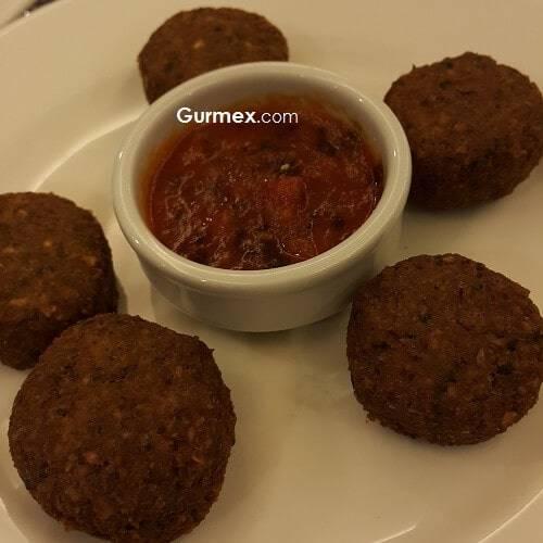 Katar Yemekleri, Katar'da Ne Yenir, Katar yeme içme falafel