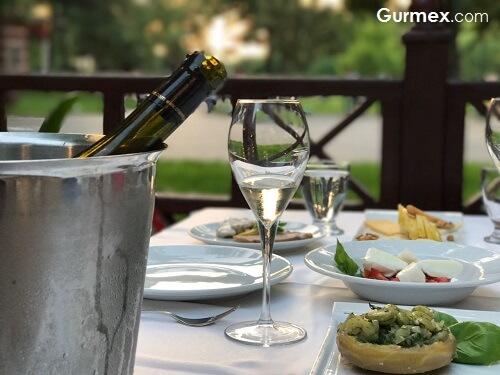 Selçuk Restaurant,Geleneksel Türk yemekleri