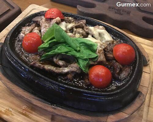 Beş Bıçak Steakhouse beylikdüzü, istanbulun en iyi steakhouseları