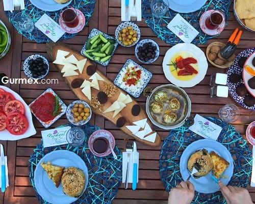 Bozcaada'da en iyi kahvaltı yerleri