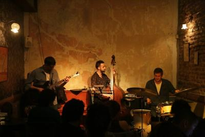 El Mingus Chill Out Restobar & Tuesday Jazz in Montevideo