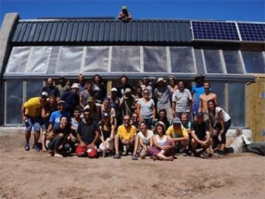 Caliu Earthship Hotel Volunteers