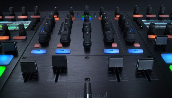 native-instruments-traktor-kontrol-s8