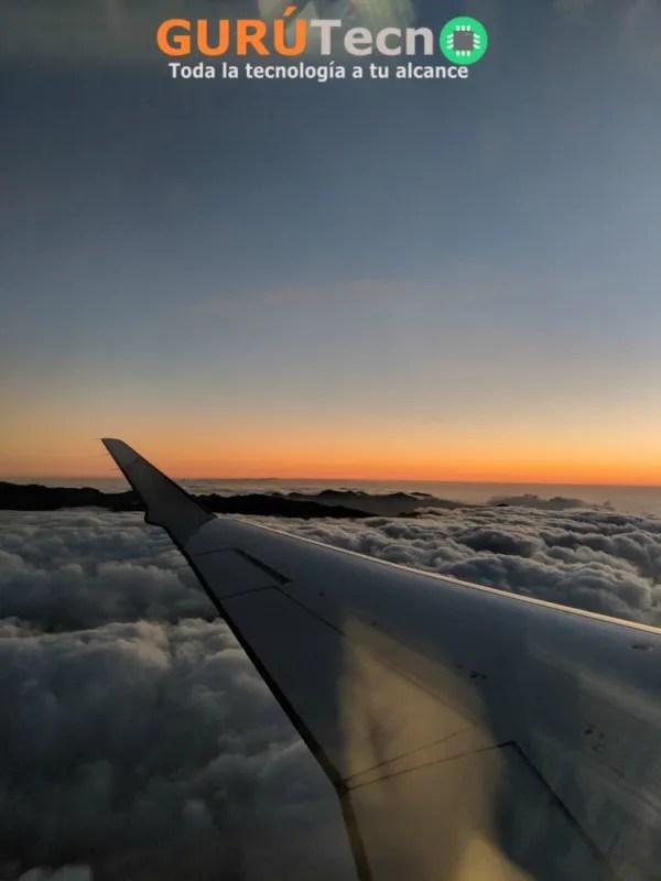 google-pixel-2-xl-anochecer-avion