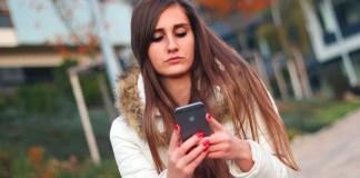 smartphone-chat-whatsapp