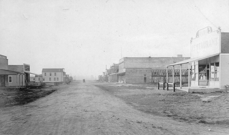 Fifth Street circa 1909