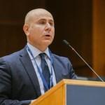 De Meo: la Commissione agricoltura Eu approva aiuti ai settori dell'ortofrutta, apicoltura e viticultura