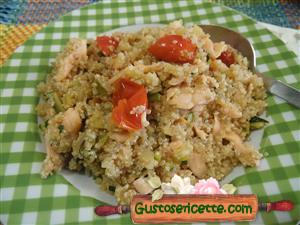Quinoa zucchine e salmone