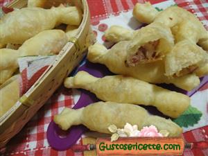 Caramelle di pasta sfoglia salsiccia e taleggio