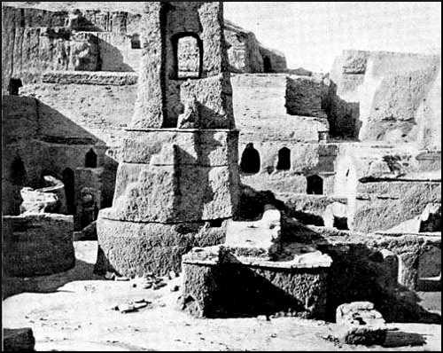 >Excavations in the Temple Court: Nippur.