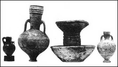 Pottery, from Nimrûd