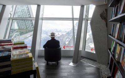 Letture ad alta quota: è sul Monte Bianco la libreria più alta d'Europa