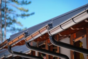 When to Repair or Replace Rain Gutters