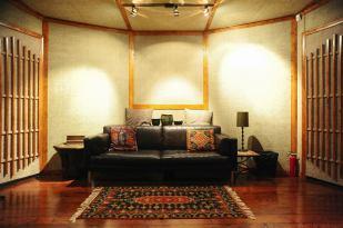 Guy Erez Recording studio2
