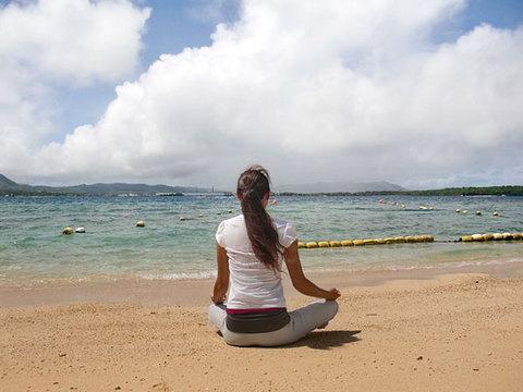 110801-apra-yoga.jpg
