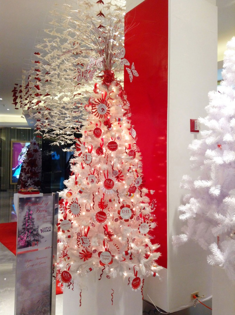 DFSギャラリアグアムで開催中のコンテスト「Festival of Trees 2013」