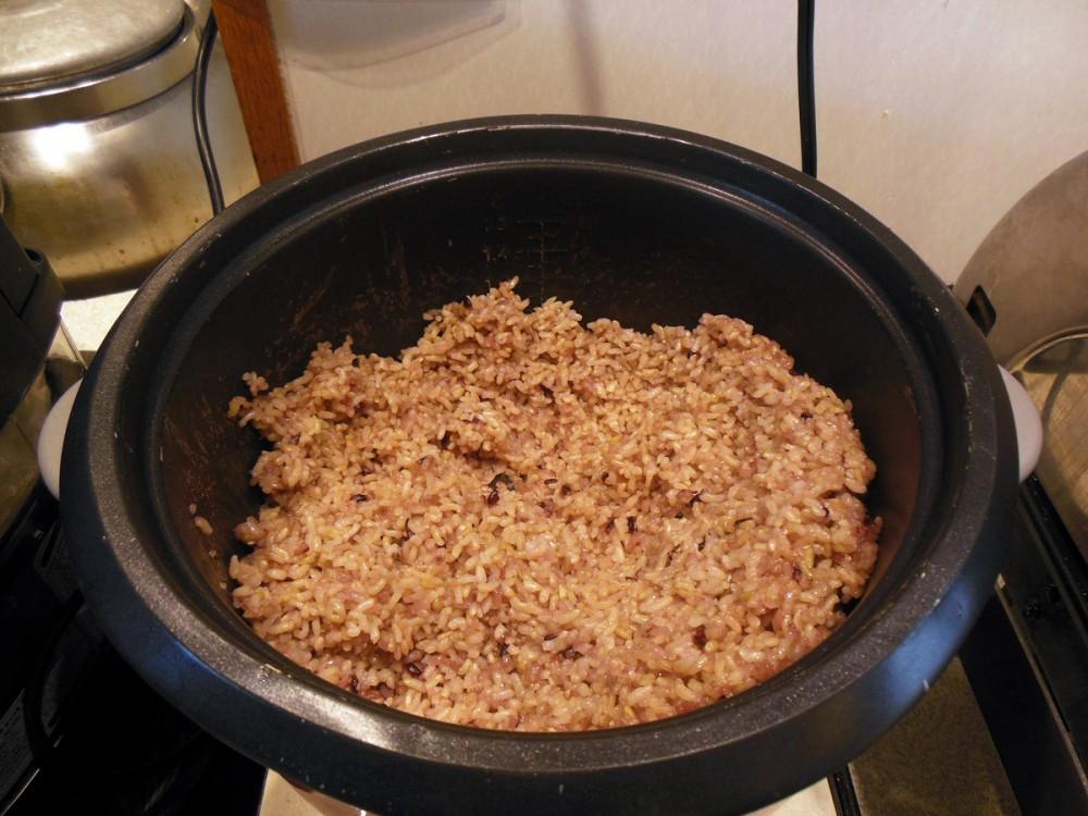 韓国スタイルのお赤飯 (コリドスのランチブッフェ)