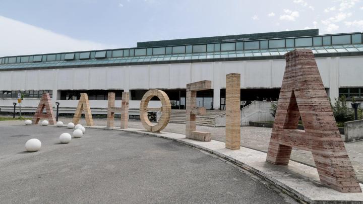 Tribunale di Vallo della Lucania: ancora carenza di organico, giustizia ferma - Gwendalina.tv