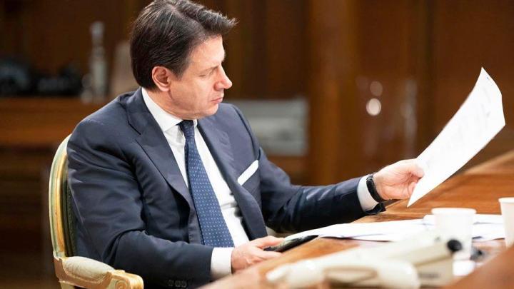 """Emergenza covid a Napoli, Conte: """"Siamo lo stato, daremo un segnale"""" - Gwendalina.tv"""