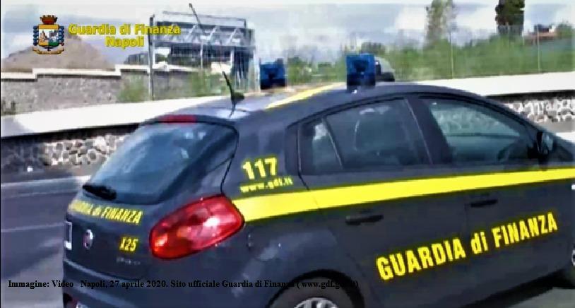 Fabbricavano mascherine contraffatte, sequestro a Napoli - Gwendalina.tv