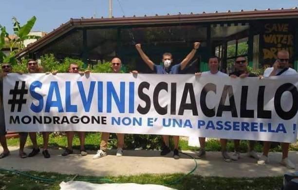 """Mondragone, Salvini accolto negativamente: """"Sciacallo"""" - Gwendalina.tv"""