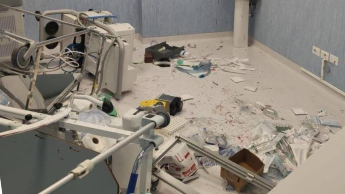 Ospedale Roccadaspide, giovane capaccese sfascia pronto soccorso e poi scappa - Gwendalina.tv