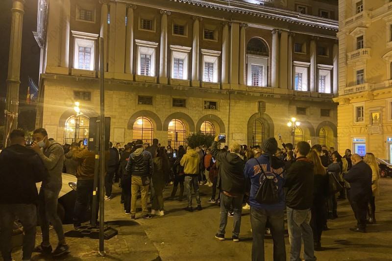 Salerno, raid sotto casa di De Luca: denunciata una persona - Gwendalina.tv