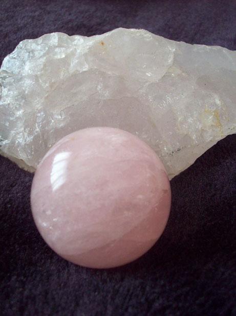 quartz rose - amour - pierres de l'amour