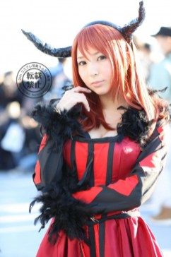 gwigwi.com-comiket-89-day-3-cosplay-77