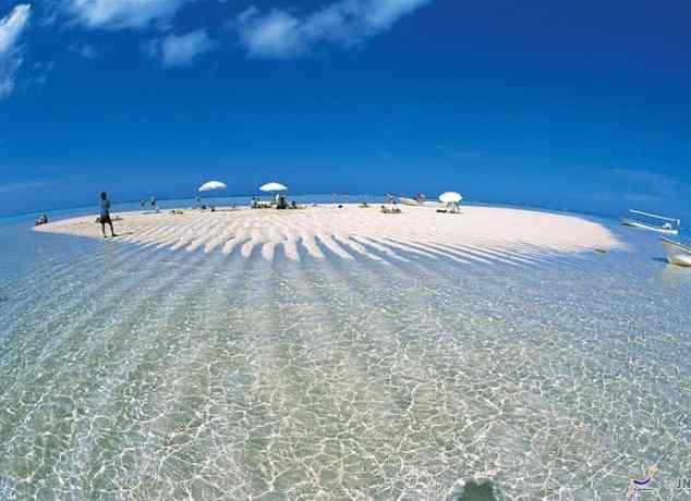 Pantai di Okinawa - Yoron-to