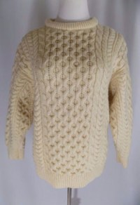 things-that-sell-best-on-ebay-cladyknit-sweater