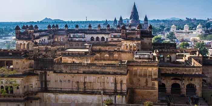 बुंदेलखंड के इन महलों की छटा भी कम नहीं राजस्थान के महलों से