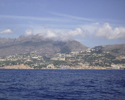 Photo: Sailing along the Costa Blanca in Mediterranean Spain. Credit: Lisa Borre.