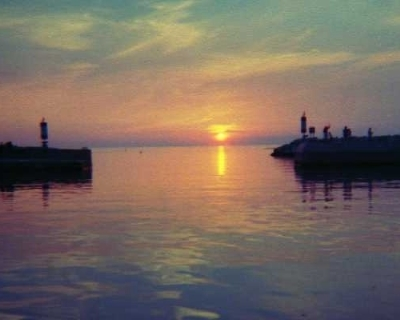 Photo: Sunset on Lake Huron. Credit: L. Borre.
