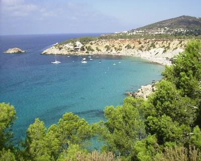 Photo: Cala Horts, Ibiza, Spain. Credit: Lisa Borre.