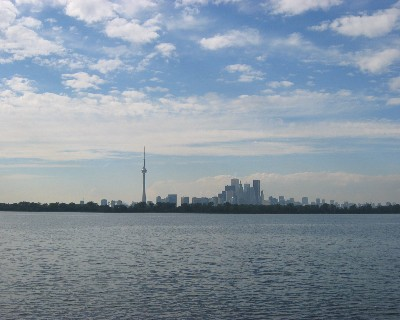 Photo: Approaching Toronto from Lake Ontario. Credit: L. Borre.