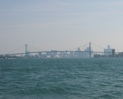 Photo: Ambassador Bridge over the Detroit River. Credit: L. Borre.