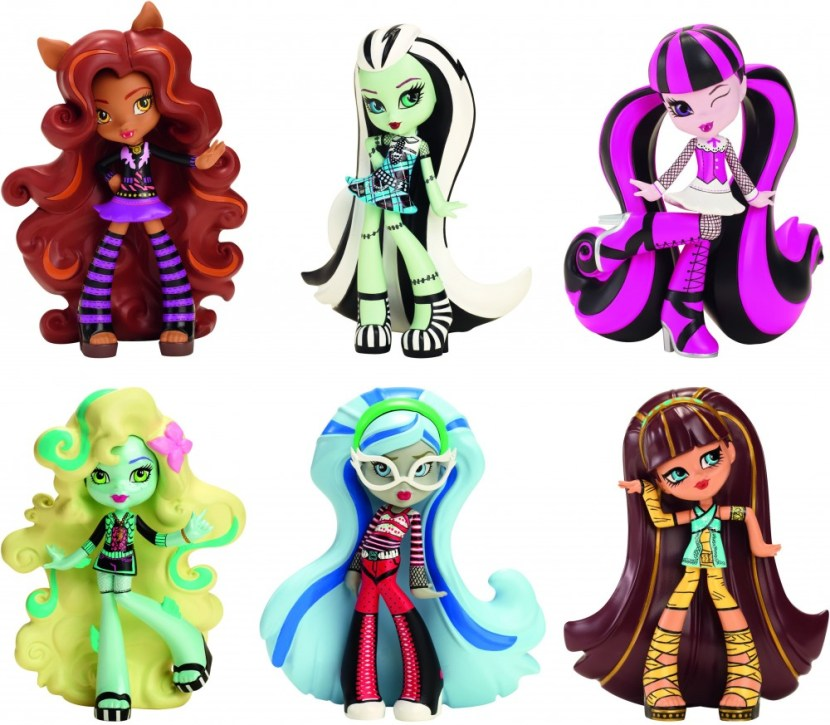 monster high babák