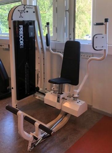 Precor by GymPartner Pec-deck-Bröstmuskelmaskin