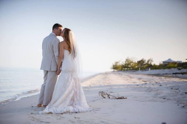 wedding in turks and caicos