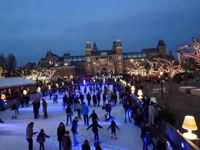 ice skating in amsterdam