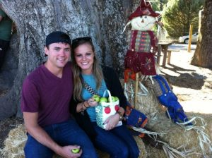 Grant and Rachel pick apples