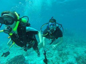 Grant and Rachel diving Isla Mujeres