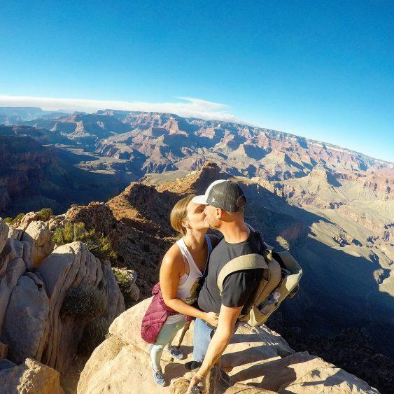 Grant and Rachel kiss at Grand Canyon