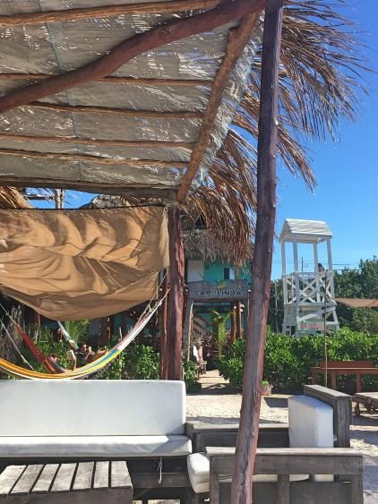 carolinda beach club holbox