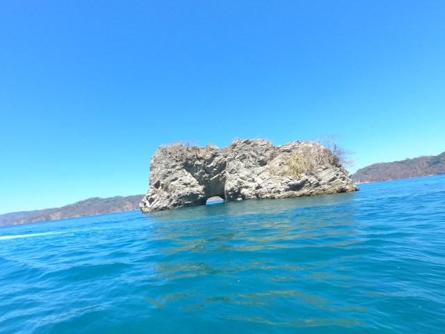 rainbow rock tortuga island