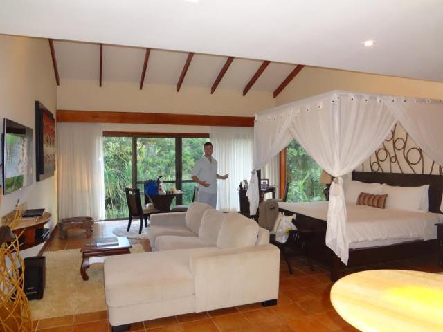 Grant and Rachel Costa Rica Honeymoon Suite