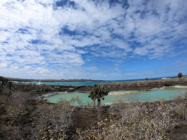 galapagos lagoon