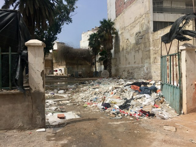casablanca trash